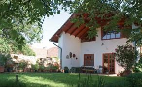 Középkori ház Nagykovácsiban